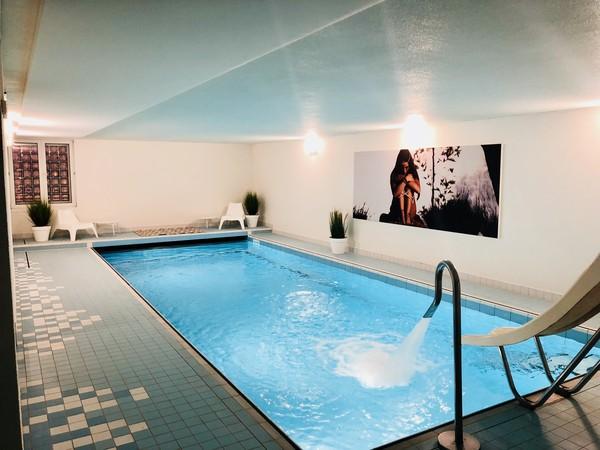 Améliorer l'acoustique dans les piscines